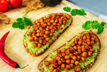 Recette vegan tartines de pois chiches grillés et guaccamole