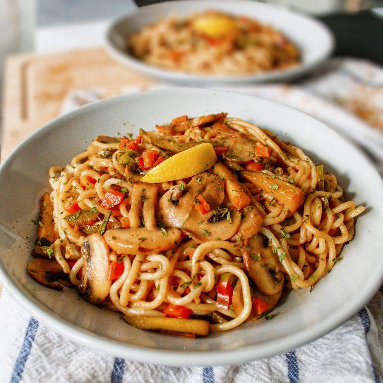 Nouilles chinoises sautées aux petits légumes