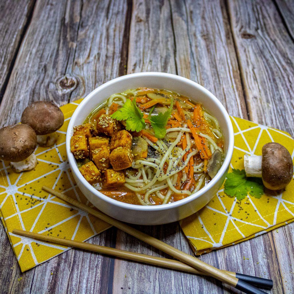Recette ramen aux petits légumes et bouillon maison